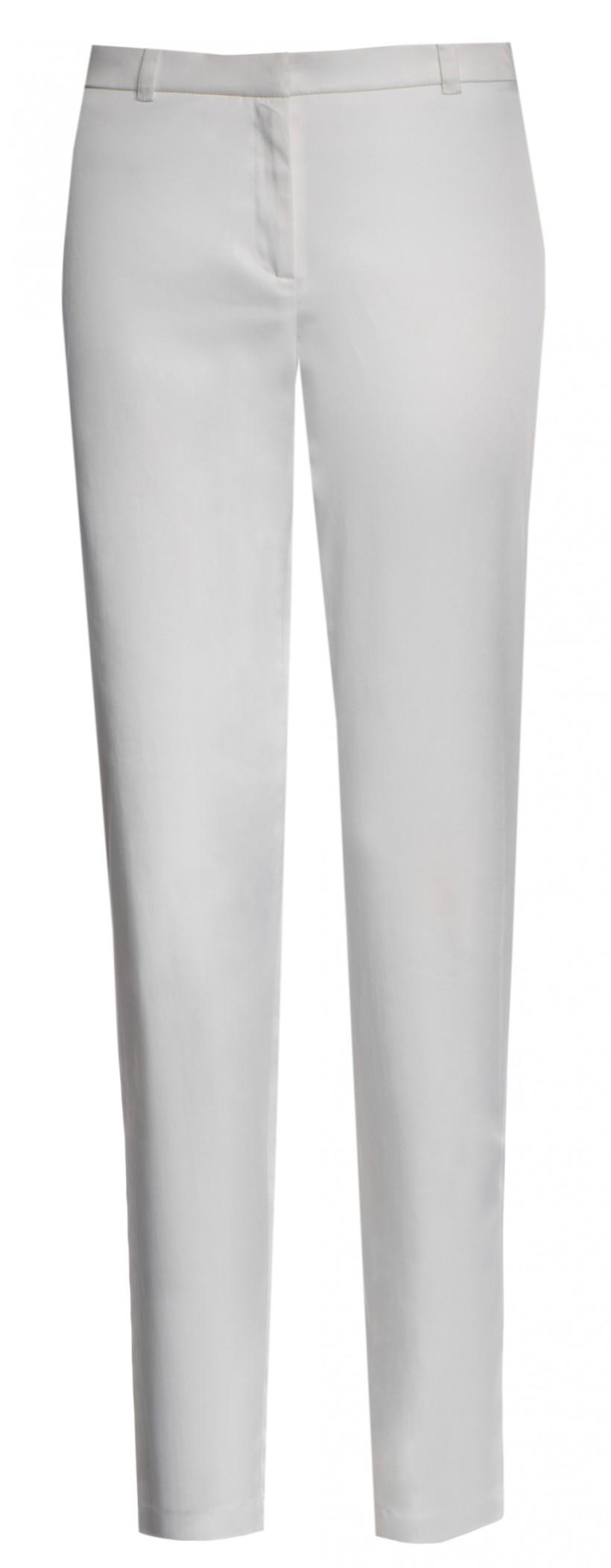 Spodnie ze zwężanymi nogawkami