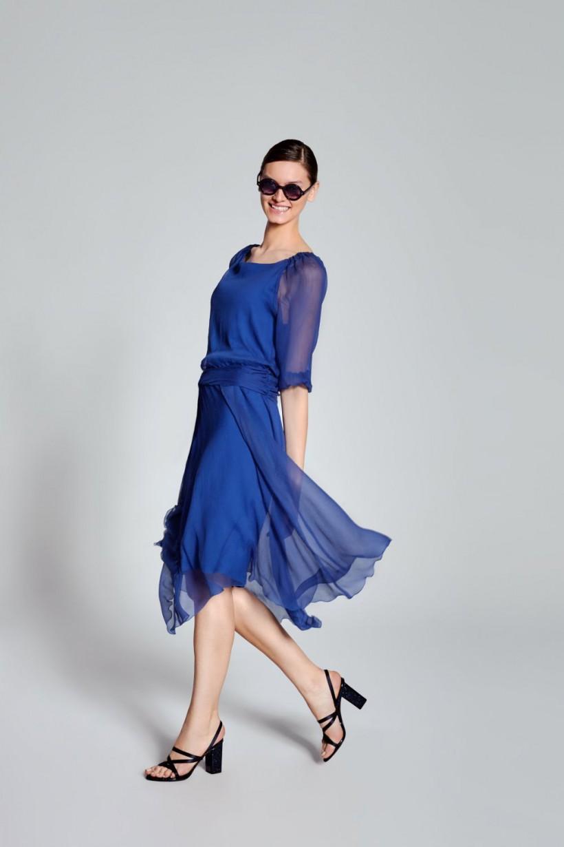 fa7b2ca55a Zwiewna sukienka z transparentnymi rękawami - Sukienki - OUTLET ...