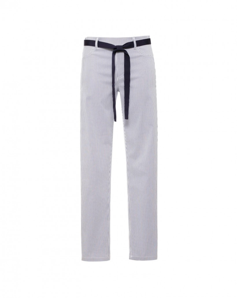Dopasowane spodnie w prążek