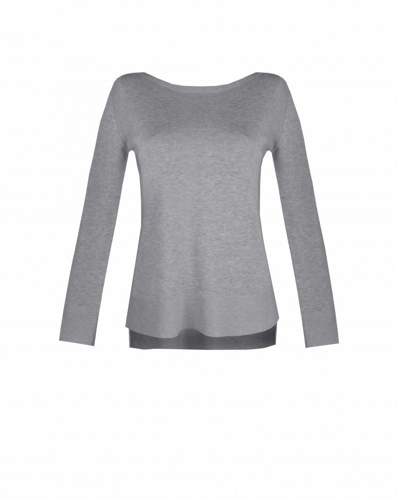 Sweter z lekko wydłużonym tyłem