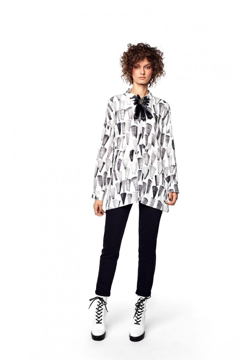 d52b9ce809 Luźna koszula oversizowa Hexeline Odzież damska