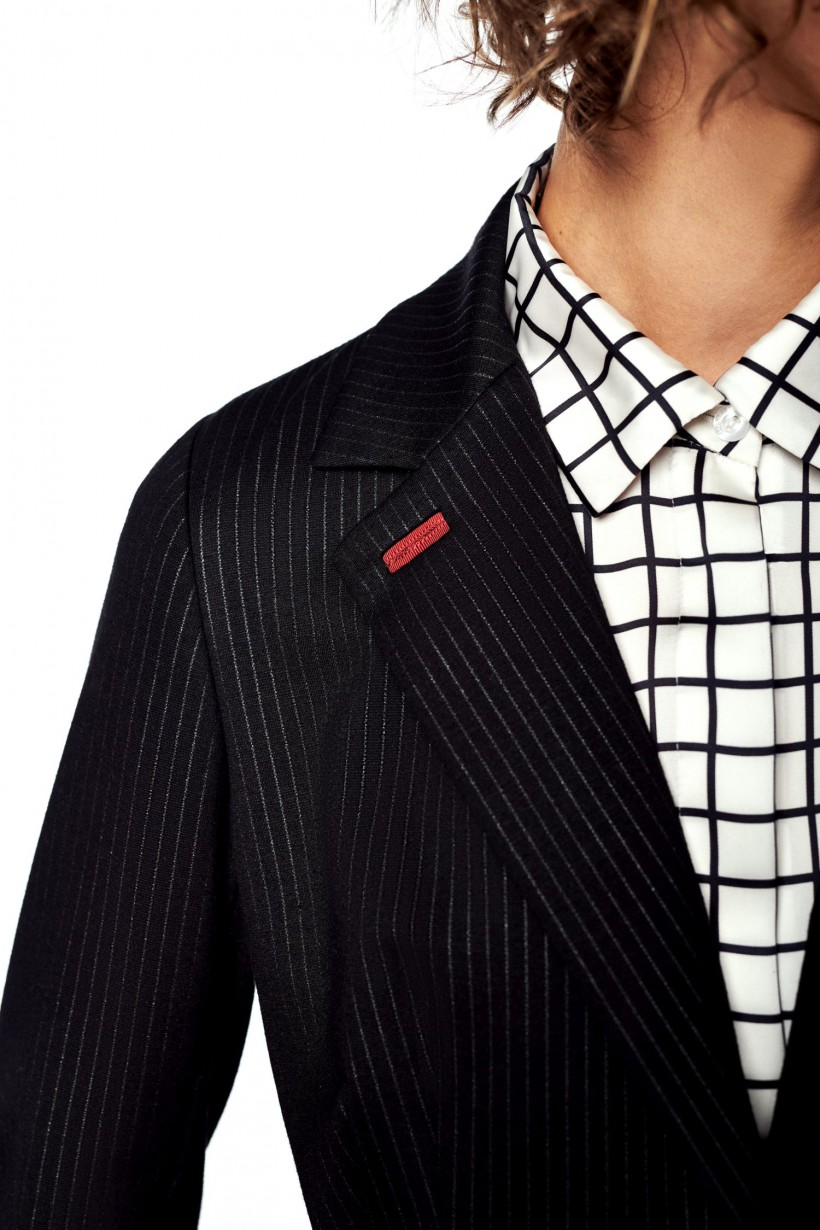 Luźna koszula z satynowej tkaniny