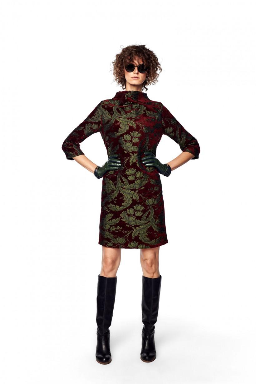 Żakardowa sukienka oversizowa