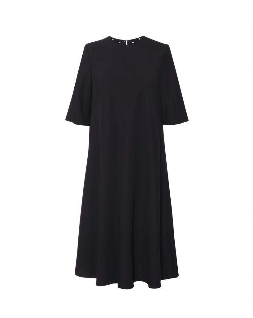 Czarna sukienka rozkloszowana z odpinaną kolią