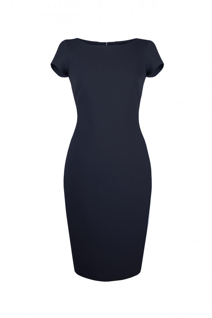 Granatowa sukienka o dopasowanym kroju