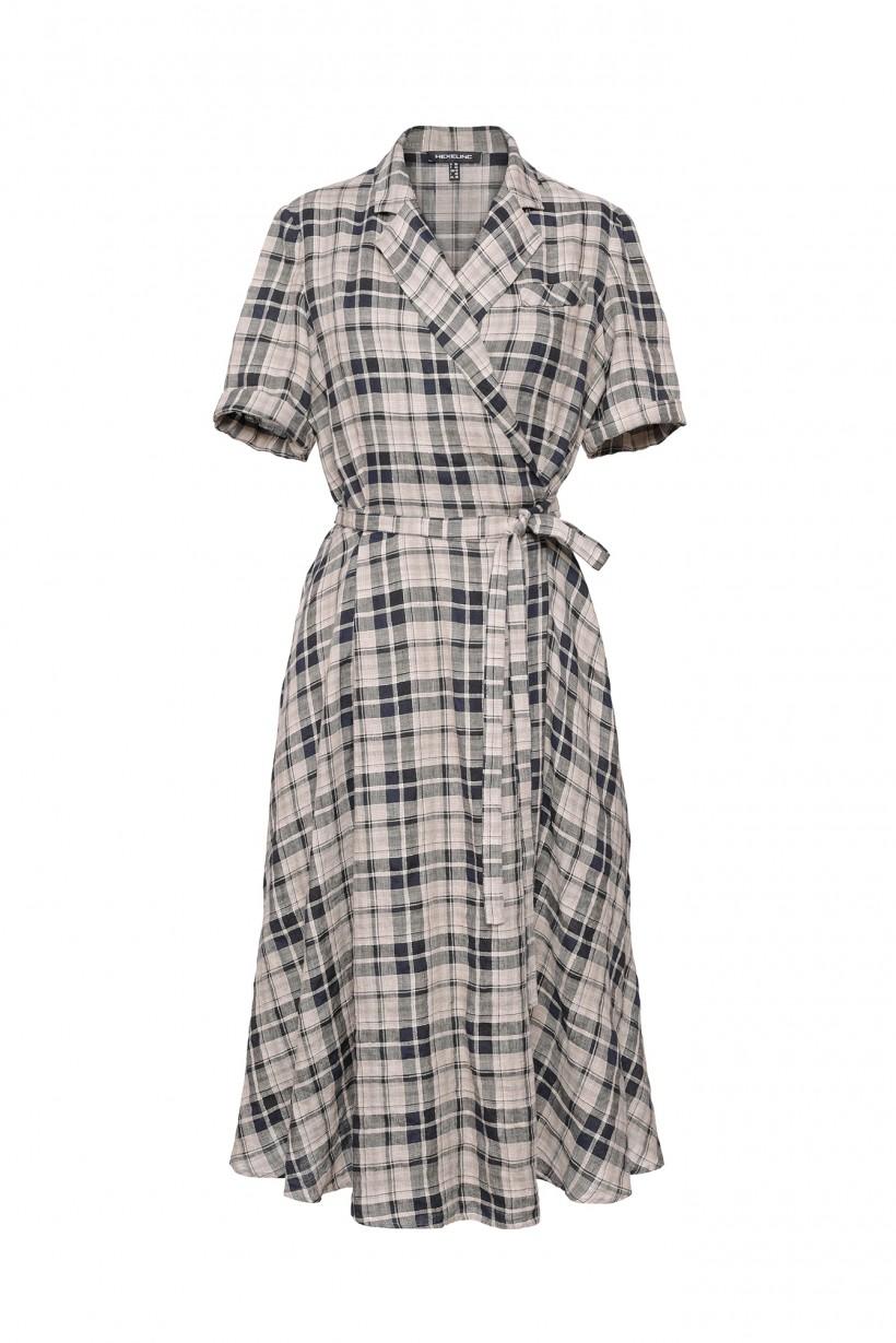 Rozkloszowana sukienka w kratę