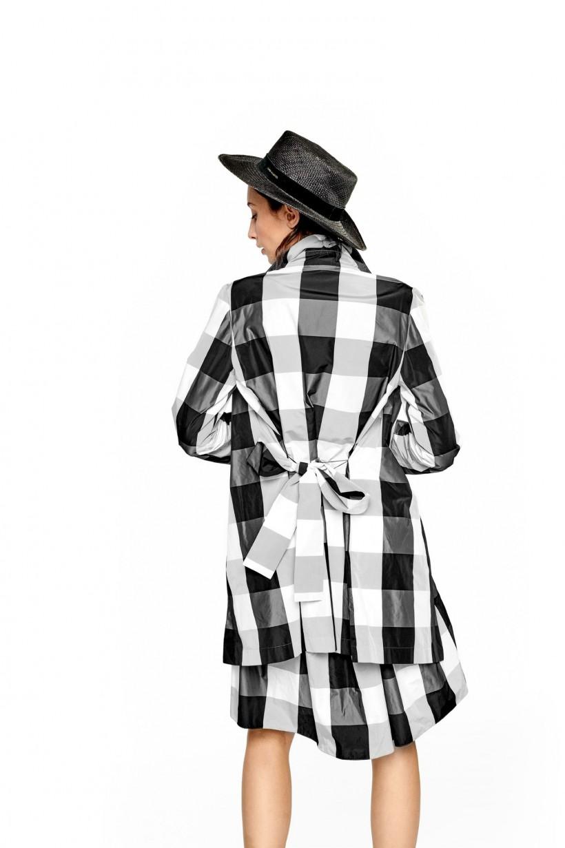 Płaszcz z tafty