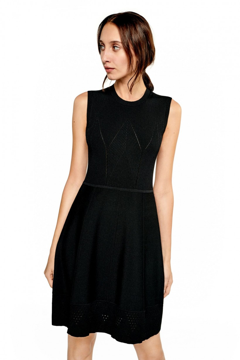 75f1cc5483 Czarna dzianinowa sukienka - Sukienki - Wiosna Lato 2019 Hexeline ...