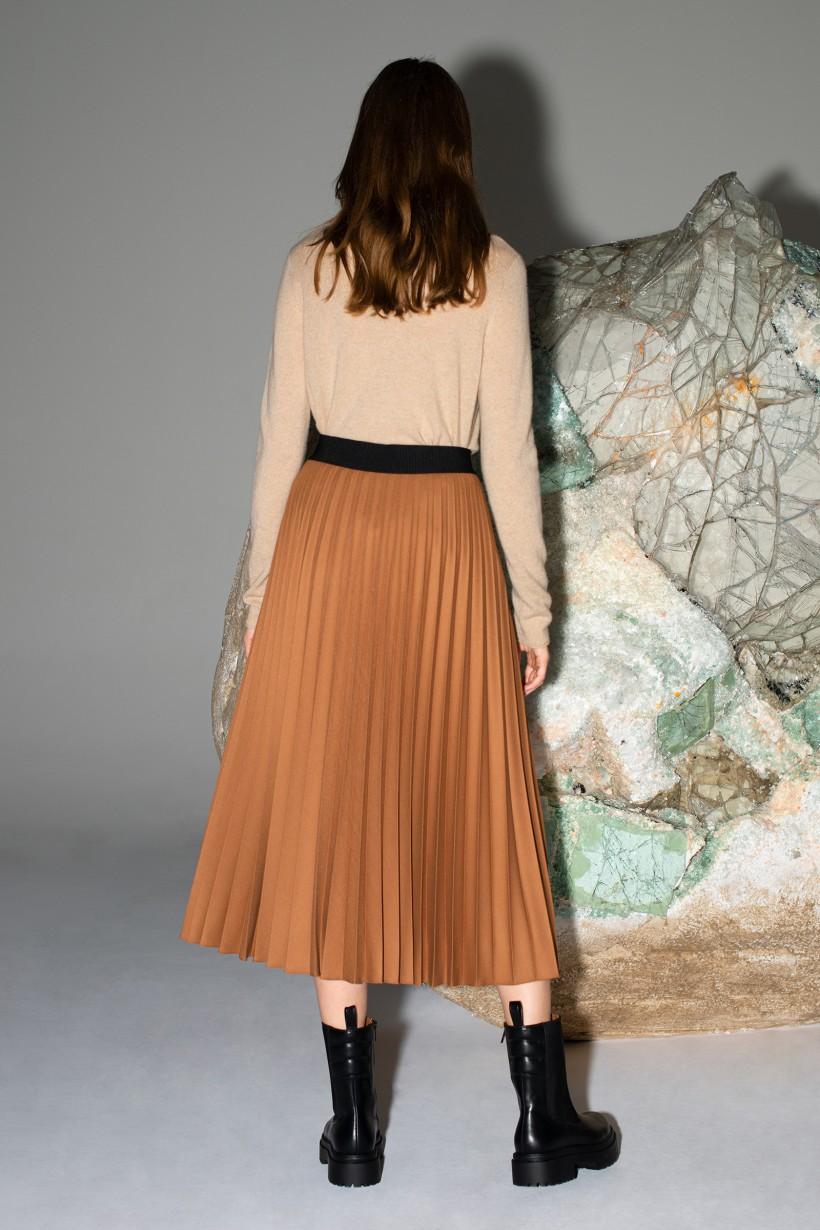 Plisowana spódnica maxi w kolorze camelowym