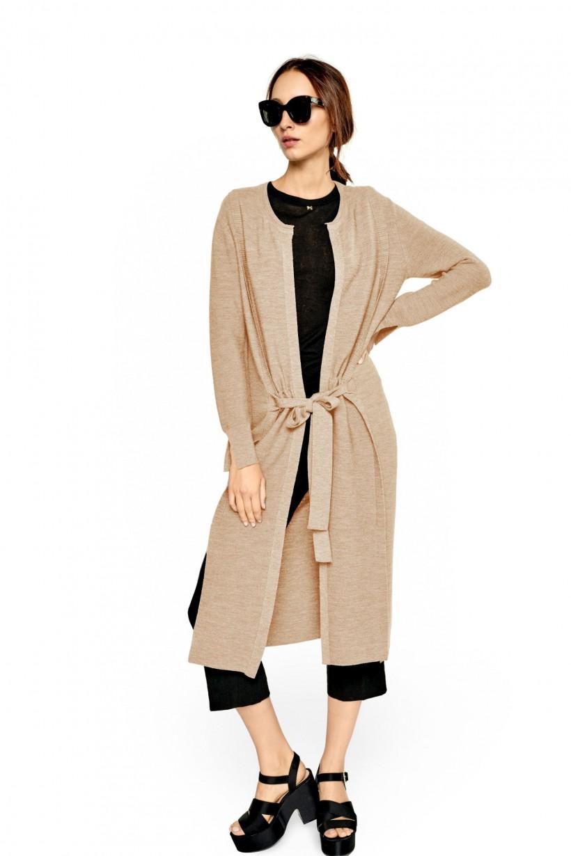 Luźny wełniany płaszcz z wiązaniem