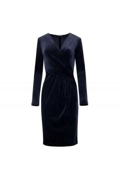 Ołówkowa sukienka z weluru