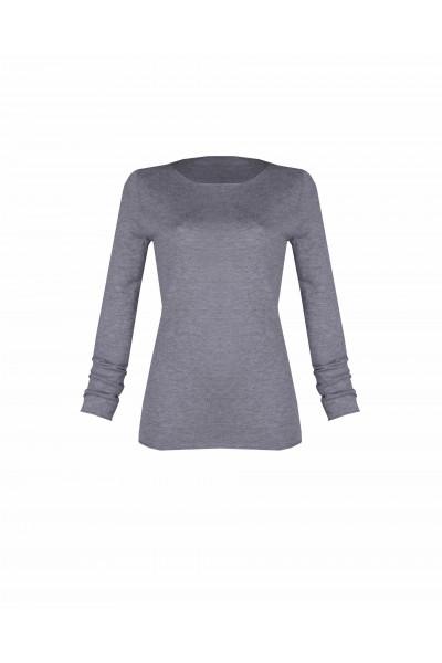 Sweter o dopasowyanym kroju