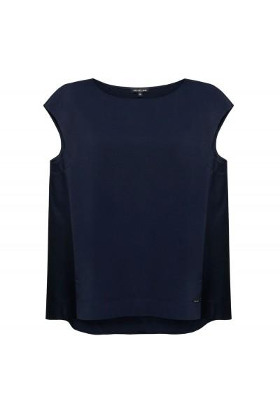 Luźna bluzka w kształcie A