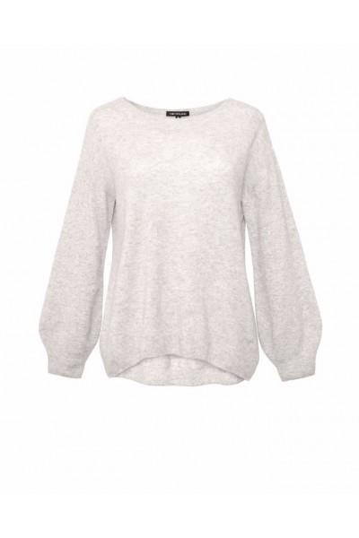 Miękki kaszmirowy sweter w jasnym popielatym odcieniu