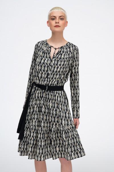 Rozkloszowana sukienka w stylu boho