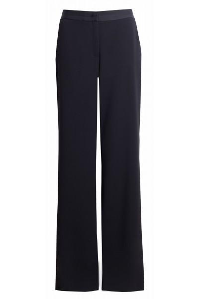 Spodnie z rozszerzanymi nogawkami