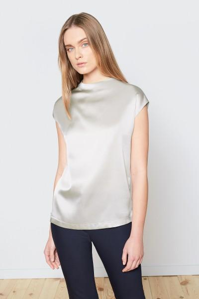 Bluzka w beżowym kolorze