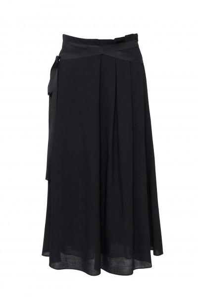 Spódnica maxi z ozdobnym paskiem w kolorze czarnym