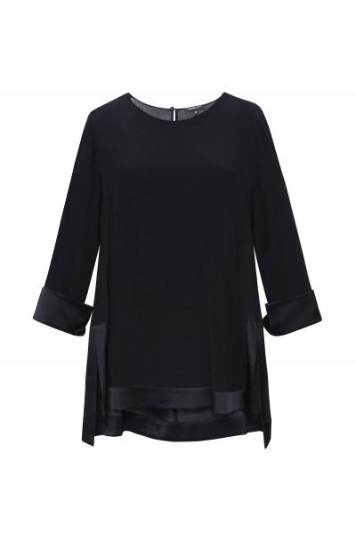 Elegancka luźna bluzka w kolorze czarnym