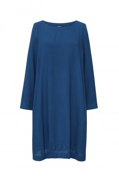 Turkusowa sukienka oversize