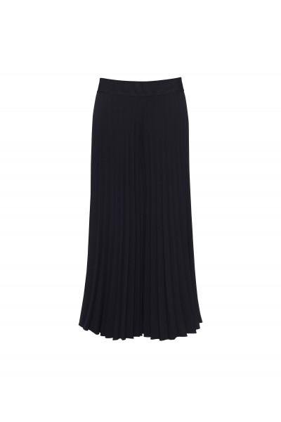 Szerokie plisowane spodnie w czarnym kolorze