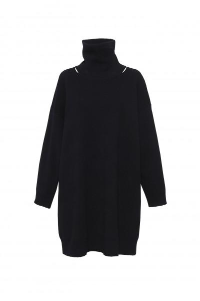 Czarny długi sweter z wełny merynosa