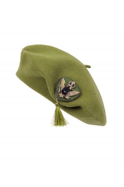Wełniany beret w kolorze oliwkowym