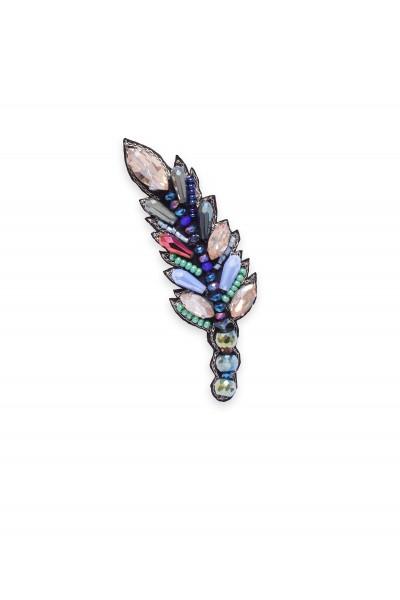 Biżuteryjna broszka w kształcie listka