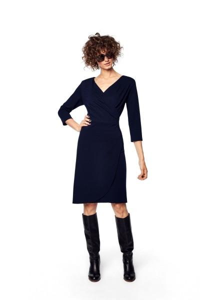 Sukienka z drapowaniem na przodzie