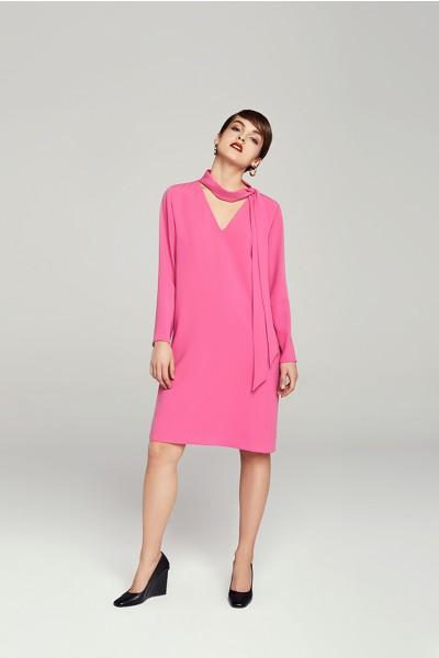 Luźna sukienka z wiązaniem
