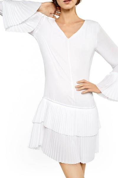 Śnieżnobiała sukienka w stylu retro