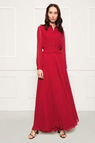 Długa czerwona suknia plisowana
