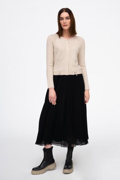 Sweter z wełny merino z kieszeniami w kolorze beżowym