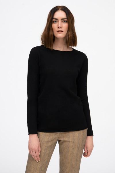 Wełniany sweter w kolorze czarnym
