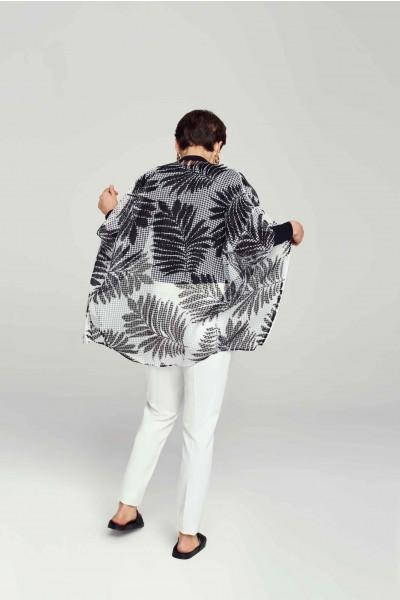 Transparentna kurtka w liście