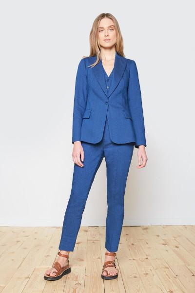 Klasyczne spodnie w kant w kolorze niebieskim